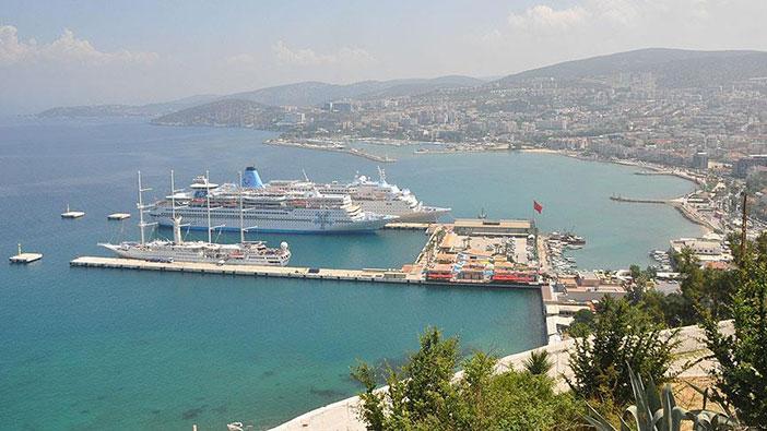 Kuşadası Limanı
